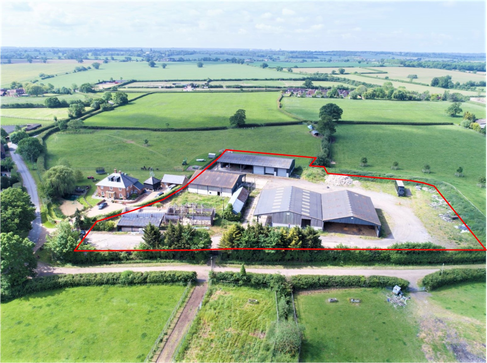 Similar property   BUILDINGS AT CONINGSBY FARM - MAIDENHEAD