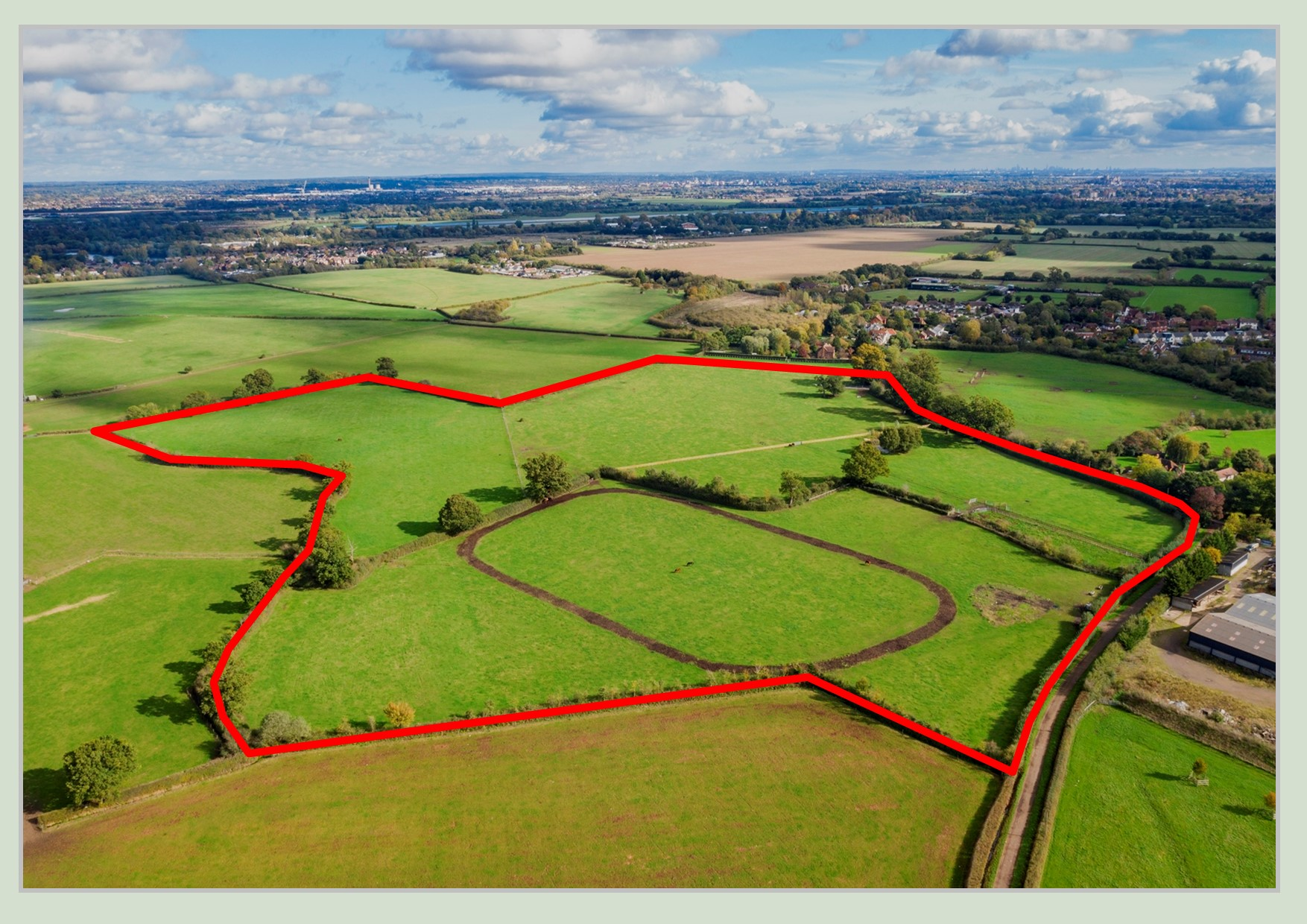 Similar property | SOUTHFIELDS FARM - FIFIELD